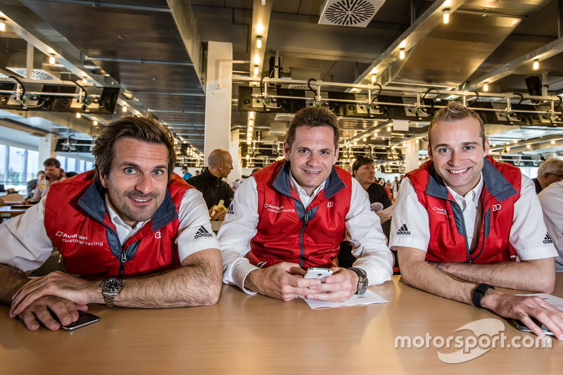 Phoenix Racing: Маркус Вінкелхок, Marc Basseng та Крістофер Гаазе