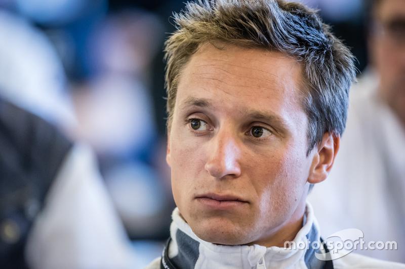 #22 Rowe Racing, Mercedes-Benz SLS AMG GT3: Renger van der Zande