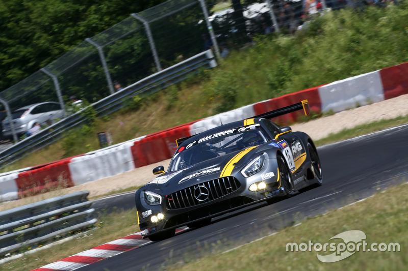#16 HWA AG Mercedes AMG GT3: Bernd Schneider, Thomas Jäger, Jan Seyffarth