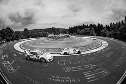 #75 Getspeed Performance, Porsche 997 GT3 Cup: Adam Osieka, Dieter Schornstein, Andy Sammers und #302 Sorg Rennsport, BMW 235i Racing: Anders Fjordbach, Philipp Leisen, Thomas Jäger