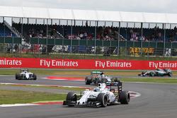 Felipe Massa, Williams FW37 mène la course
