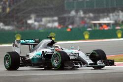 Льюис Хэмилтон, Mercedes AMG F1 W06, в дождь