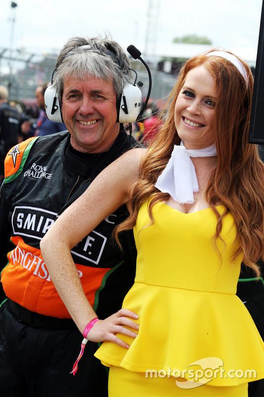 Neil Dickie, Sahara Force India F1 Team met grid girl