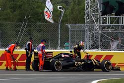 Pastor Maldonado, Lotus F1 E23 si ritira dalla gara