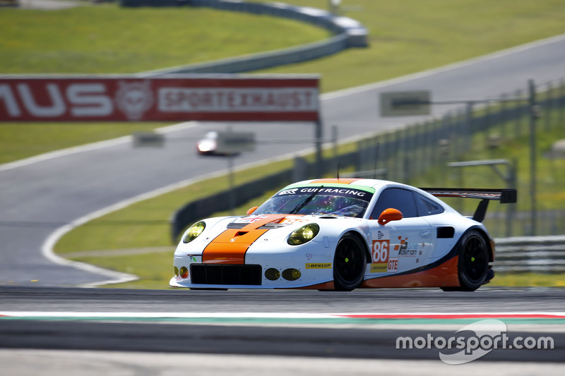 #86 Gulf Racing UK Porsche 911 RSR: Michael Wainwright, Adam Carroll, Daniel Brown