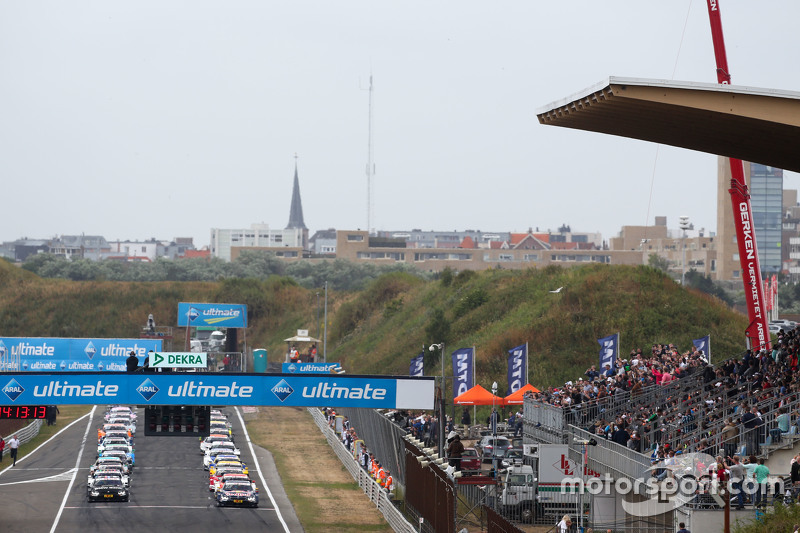 Start: Antonio Felix da Costa, BMW Team Schnitzer BMW M4 DTM memimpin