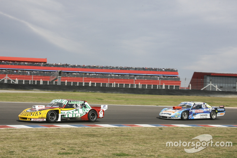 Ніколас Бонеллі, Bonelli Competicion Ford та Мартін Понте, RUS Nero53 Racing Dodge