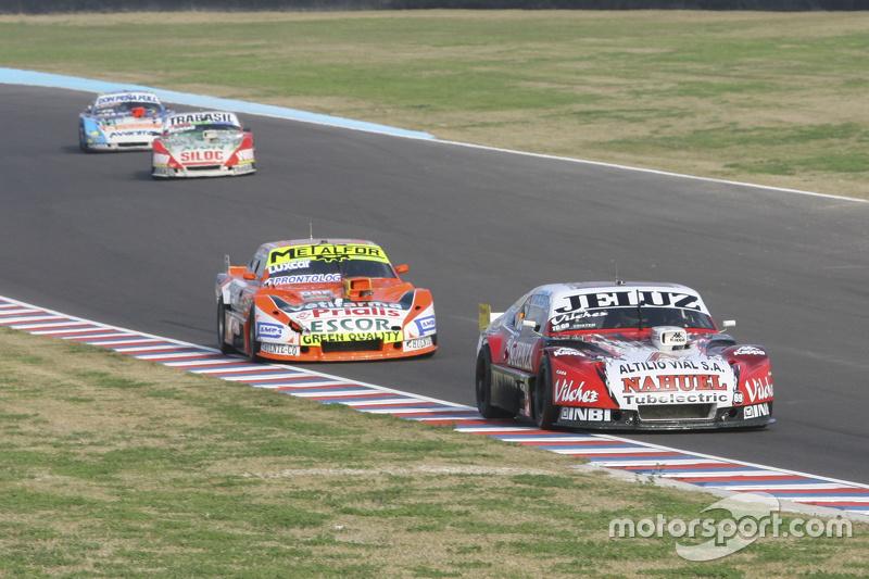Педро Джентіле, JP Racing Chevrolet та Джонатан Кастеллано, Castellano Power Team Dodge та Маріано А