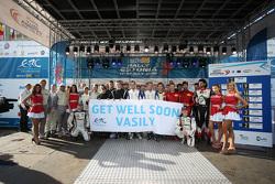Пожелания выздоровления Василию Грязину от участников чемпионата Европы