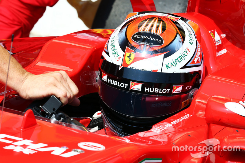 Kimi Raikkonen, Ferrari SF15-T bersama a tribute to Jules Bianchi