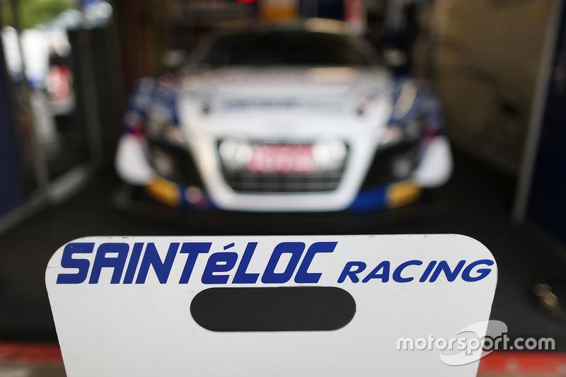 Sainteloc Racing team area
