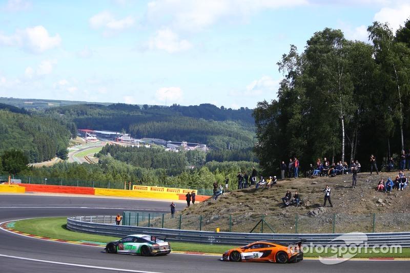 #58 Von Ryan Racing McLaren 650S: Шейн ван Гісберген, Роб Белл, Кевін Естре