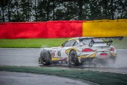 马克VDS车队45号宝马Z4 GT3:马克西姆·马丁、德雷克·沃纳、奥古斯托·法福斯