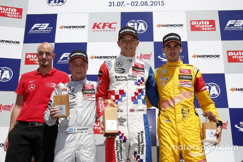 Podium: race winner Jake Dennis, Prema Powerteam Dallara Mercedes-Benz, second place Felix Rosenqvis