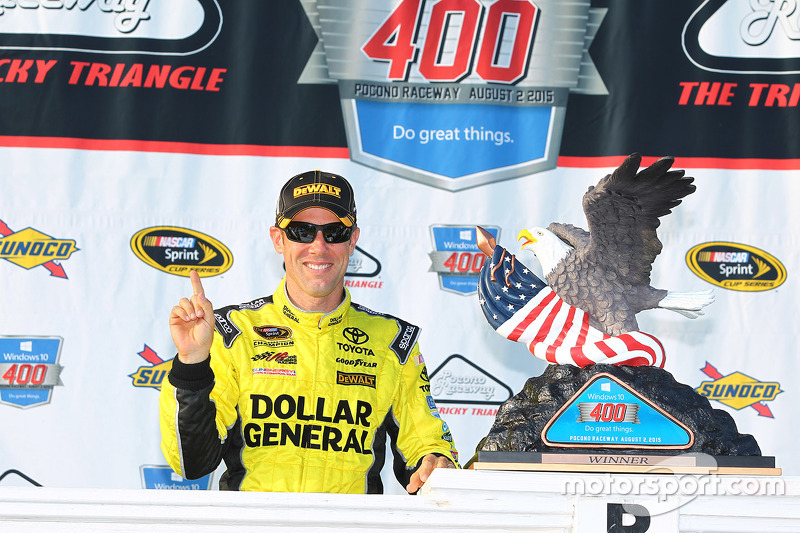 Race winner Matt Kenseth, Joe Gibbs Racing celebrates