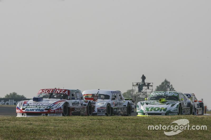 Matias Jalaf, Catalan Magni Motorsport Ford, dan Leonel Sotro, Alifraco Sport Ford, dan Agustin Cana