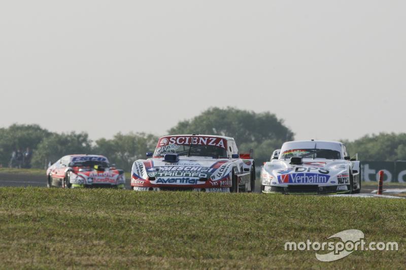 Matias Jalaf, Catalan Magni Motorsport Ford, dan Leonel Sotro, Alifraco Sport Ford, dan Guillermo Ortelli, JP Racing Chevrolet