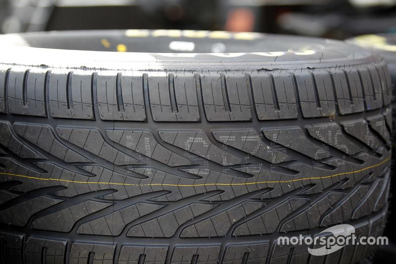 Goodyear wet tire detail