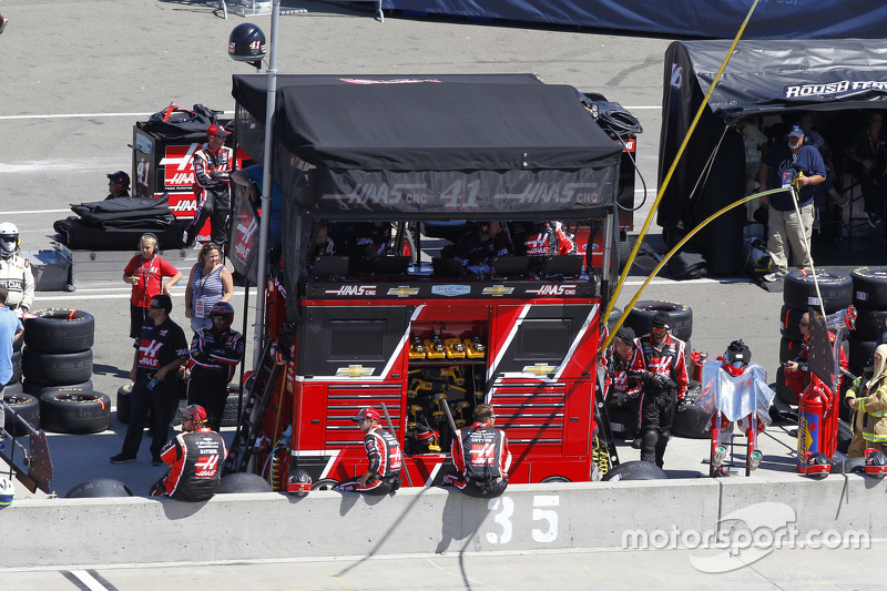 Stewart-Haas Racing pit stall
