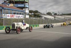 Bruce Hudkins, 1922 Ford Model T Speedster dan Conrad Stevenson, 1939 Alfa Romeo 6C 2500 Super Sport
