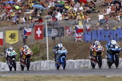 Romano Fenati, SKY Racing Team VR46, Miguel Oliveira, Red Bull KTM Ajo, Jorge Navarro, Estrella Galicia 0,0, Brad Binder, Red Bull KTM Ajo et Enea Bastianini, Gresini Racing Team Moto3
