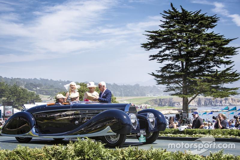 Margie robert e petersen collection 1939 bugatti type for Pebble beach collection