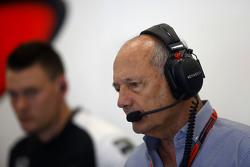 Рон Деннис, владелец McLaren