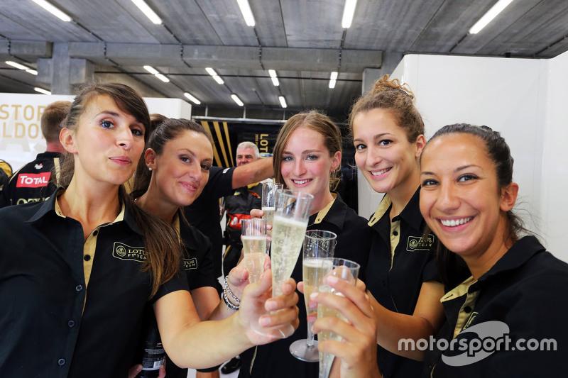 Lotus F1 Team bersuka-cita third position for Romain Grosjean, Lotus F1 Team