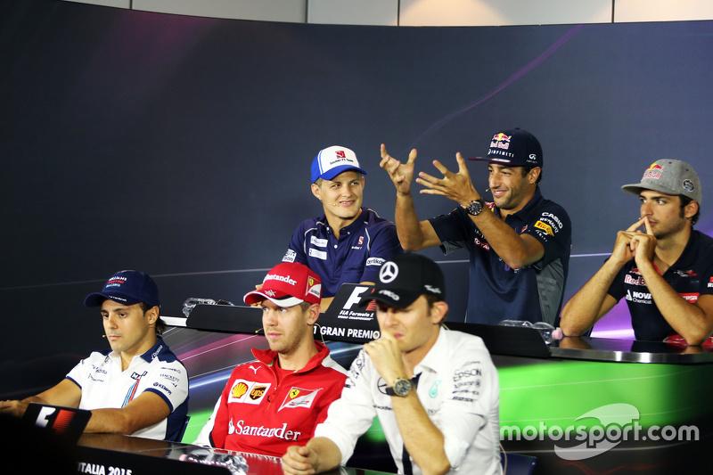 Маркус Ерікссон, Sauber F1 Team; Даніель Ріккіардо, Red Bull Racing; Карлос Сайнс мол., Scuderia Toro Rosso, Феліпе Масса, Williams, Себастьян Феттель, Ferrari, Ніко Росберг, Mercedes AMG F1
