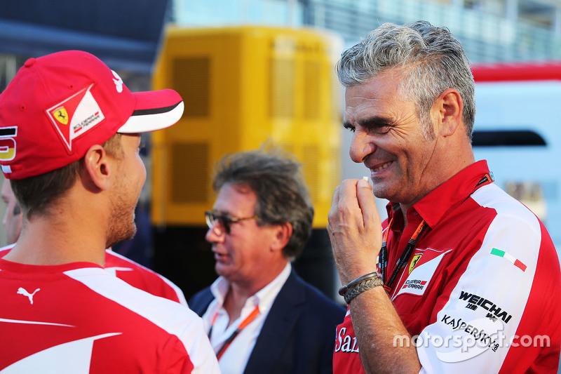 Sebastian Vettel, Ferrari, mit Maurizio Arrivabene, Ferrari-Teamchef