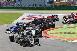 Ромен Грожан, Lotus F1 E23 на старте гонки