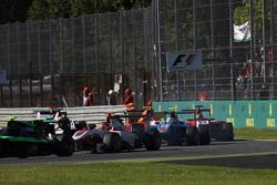 Esteban Ocon, ART Grand Prix avanti a  Matheo Tuscher, Jenzer Motorsport