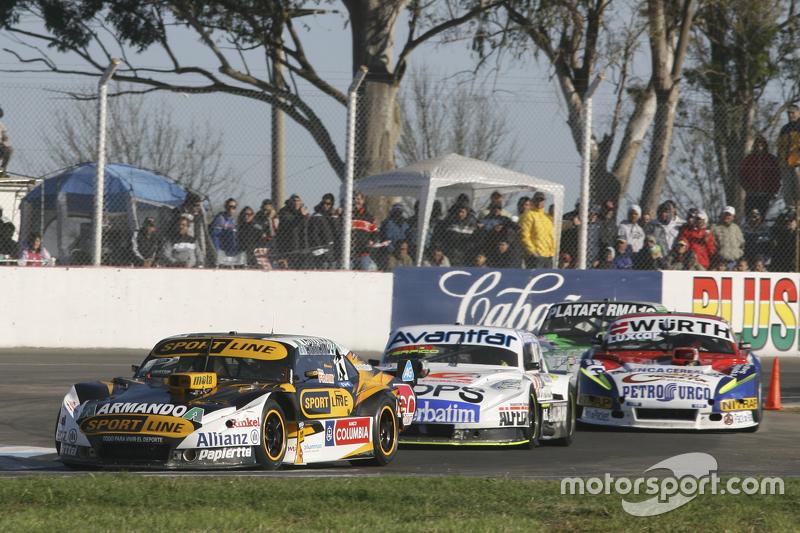 Leonel Pernia, Las Toscas Racing Chevrolet and Leonel Sotro, Alifraco Sport Ford and Juan Martin Tru