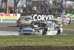 Діего де Карло, JC Competicion Chevrolet та Маріано Алтуна, Altuna Competicion Chevrolet та Маурісіо Ламбіріс, Coiro Dole Racing Torino