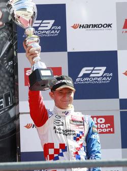 2. im 3. Rennen: Jake Dennis, Prema Powerteam