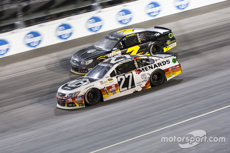 Paul Menard, Richard Childress Racing Chevrolet and Alex Bowman, Tommy Baldwin Racing Chevrolet