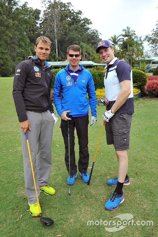 Andreas Mikkelsen, Jari-Matti Latvala en Miikka Anttila, Volkswagen Motorsport, gaan golfen op het Bonville Golf Resort, Coffs Harbour