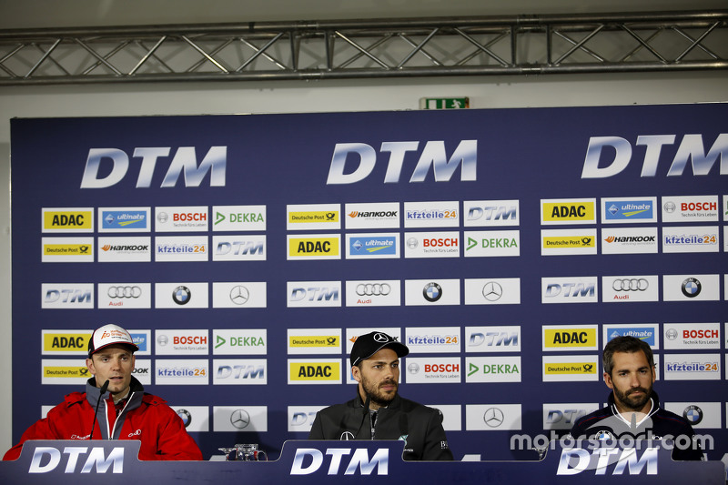 Jamie Green, Audi Sport Team Rosberg Audi RS 5 DTM, Gary Paffett, ART Grand Prix Mercedes-AMG C63 DTM, Timo Glock, BMW Team MTEK BMW M3 DTM