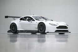 Yakın zamanda yenilenen Aston Martin Vantage