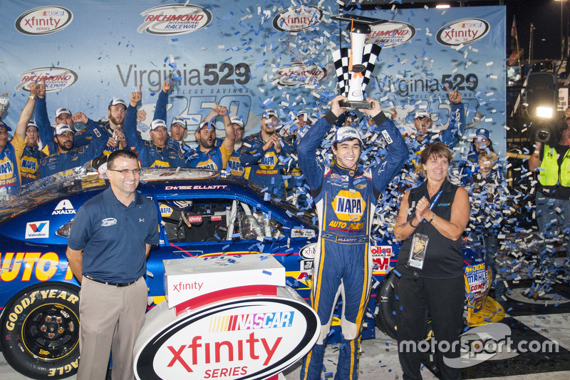 Race winner Chase Elliott, JR Motorsports Chevrolet