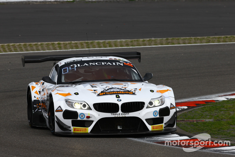 #888 Triple Eight Racing BMW Z4: Joe Osborne, Lee Mowle, Ryan Ratcliffe
