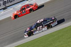 Michael Annett, HScott Motorsports Chevrolet and Justin Allgaier, HScott Motorsports Chevrolet