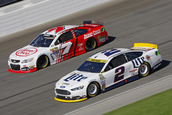 Brad Keselowski, Team Penske Ford; Alex Bowman, Tommy Baldwin Racing