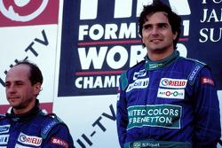 Podio: ganador de la carrera de Nelson Piquet, Benetton, el segundo lugar Roberto Moreno, Benetton
