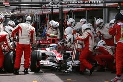 Anthony Davidson, Super Aguri F1 Team, SA07, pitstop