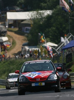 #121 Mathol Racing Honda Civic Type R: Eberhardt Schneider, Carsten Dreses, David Carballeda Dominguez, Michael Junt