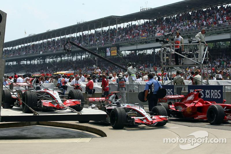 2007 (Індіанаполіс). Переможець: Льюіс Хемілтон, McLaren-Mercedes