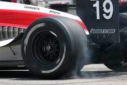 Bruno Junqueira spins the tires