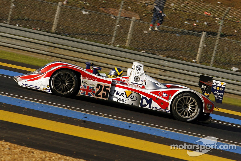 #25 RML Lola B05-40 AER: Thomas Erdos, Mike Newton, Andy Wallace
