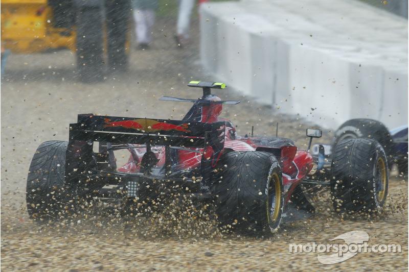 Скотт Спід, Scuderia Toro Rosso, STR02, у гравії